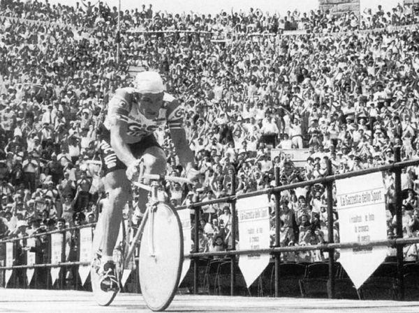 L'arrivo di Moser nell'Arena di Verona, Giro del 1984 (www.larena.it)